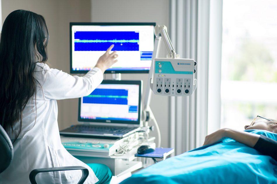 medical-equipment-4099429_1920
